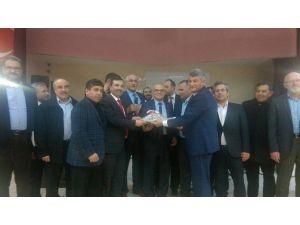 Sarıcaoğlu'na Bursa'daki Kavaklılardan Yoğun İlgi