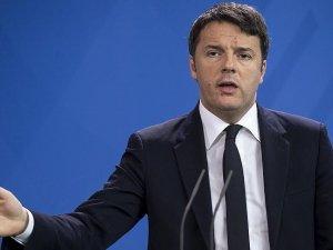 İtalya Başbakanı Renzi: Türkiye'ye yapılan 3 milyar avroluk yardım sorunu çözmez