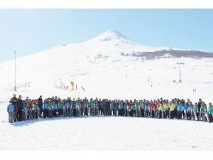 Yıldız Sporcular Yetişiyor Kayak Projesi Sona Erdi