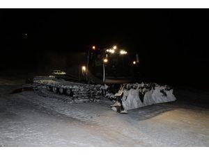 Yıldız Dağı'nda kar kalınlığı 75 cm'ye ulaştı