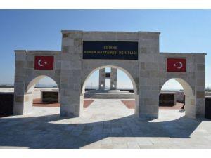 Türkiye'nin En Büyük İkinci Şehitliğine Sosyal Tesis Yapılacak