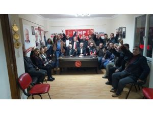 Bayraklı MHP İlçe Teşkilatı İstifa Etti