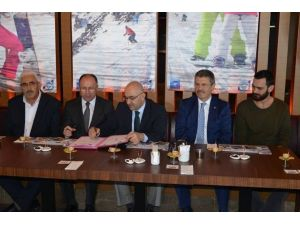 Kayseri Şeker Erciyes'te Yapılacak Dünya Snowboard Şampiyonasına Sponsor Oluyor