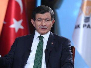Davutoğlu: Suriyeli kardeşlerimizi barbar rejimin insafına bırakmayız