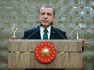 Erdoğan: Türkiye Suriye meselesindeki duruşuyla insanlığın onurunu kurtarmıştır