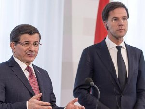 Başbakan Davutoğlu ile Hollanda Başbakanı Rutte telefonda görüştü
