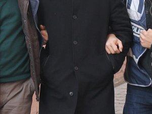 İzmir ve Manisa'da FETÖ/PDY operasyonu: 7 gözaltı