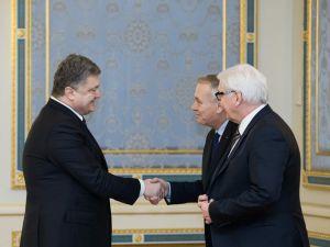 Poroşenko, Almanya ve Fransa dışişleri bakanlarıyla görüştü
