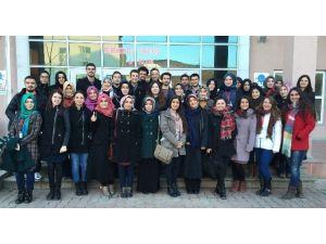 Kırıkkale Üniversitesi'nde Öğretmen Adaylarına Seminer