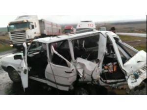 Siverekte trafik kazası: 6 yaralı