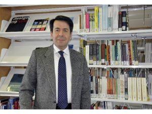 """Prof. Dr. Hasan Ünal: """"Merkel, Türkiye'nin Gönlünü Almaya Çalışıyor"""""""