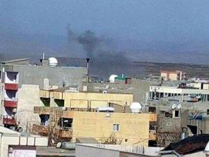 İdil'de operasyonlar sürüyor: 1'i polis 2 yaralı