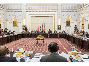 """Afganistan'da Taliban'la barış müzakerelerinin """"yol haritası"""" 4'üncü toplantısı"""