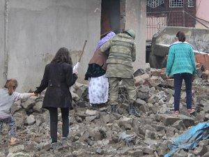Diyarbakır Valiliği: Sur'dan ayrılmak isteyenlere kolaylık sağlanacak