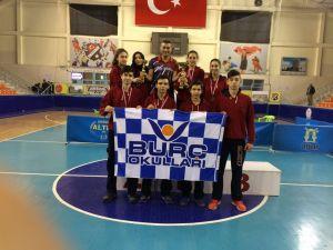 Burç Vural Lisesi, masa tenisinde Türkiye Şampiyonu oldu