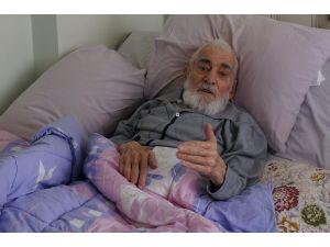 91 yaşındaki hastayı yatağında gözaltına almaya çalıştılar