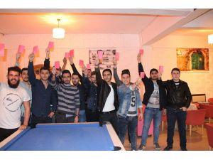 Üniversiteli öğrencilerden Salih Dursun'a destek