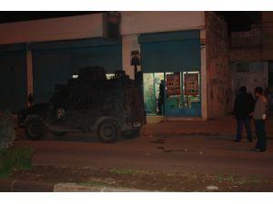 Mersin'de 3 markete molotoflu saldırı