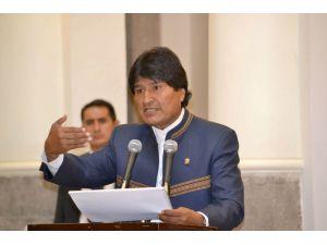 Yolsuzluklarla suçlanan Morales, başkanlık referandumunu kaybetti