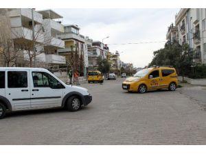 Taksi Kaçırıp, Emniyetini Ayağa Kaldırdı