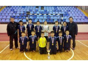 Fatih Ortaokulu Hentbol Takımı Kütahya Şampiyonu Oldu