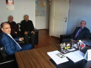Vali Özkan, Şehitler Derneğini Ziyaret Etti