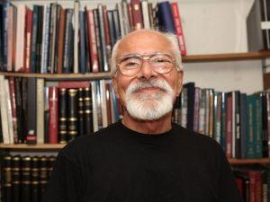 Karşıyaka'da Şubat Ayının Konuğu Prof. Dr. Emre Kongar