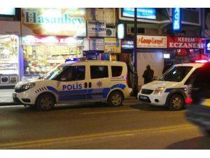 Malatya'da Garsonla Müşteri Arasında Kavga: 1 Yaralı