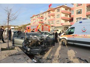 Başkent'te Trafik Kazası: 4 Polis Yaralı
