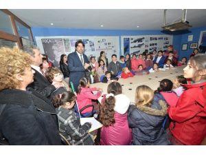 Foça'ya Akdeniz Foku Tanıtım Ofisi