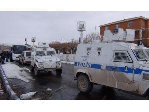 Erciş'te 'Paralel Yapı' Operasyonu