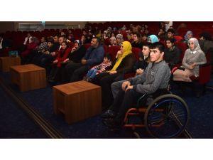 Şehir Tiyatrosu Engelliler İçin Oynadı