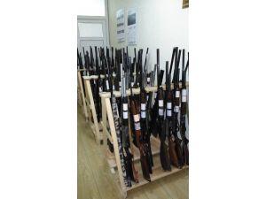 Av Koruma Ekiplerinin Yakaladığı Tüfekler Satışa Çıkıyor