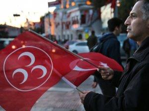 MHP Genel Başkan Yardımcısı Ümit Özdağ Kurultay Deyip, İstifa Etti