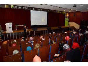 Ereğli Belediyesi Ve Komek'ten Kadınlara Seminer