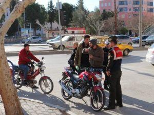 Mut'ta Motosikletlere Sıkı Denetim