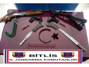Bitlis'te Silah Kaçakçılığı