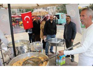 Manisa Trabzonlular Derneği'nden Kurtuluş Yıldönümü İçin Lokma Hayrı