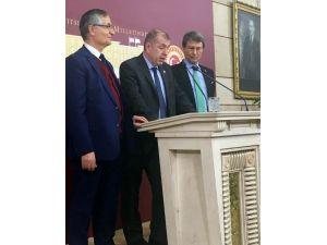 MHP'deki Görevinden İstifa Eden Ümit Özdağ'dan Açıklama