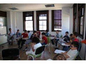 Serdivan Çocuk Akademisi'ne Yoğun İlgi