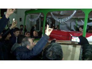 Türkmendağı'nda ölen gencin cenazesi İstanbul'a getirildi