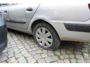 Adıyaman'da 50'ye Yakın Aracın Tekeri Patlatıldı