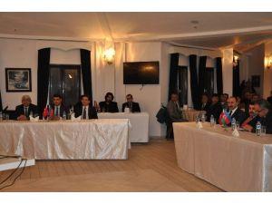 Hocalı Katliamı'nda Hayatını Kaybedenler Kars'ta Anıldı