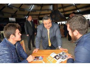 Başkan Selim Yağcı, Öğrenci Otağı'nda Öğrencilerle Birlikte Çorba İçti