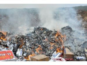 Uşak'ta 66 Bin Paket Kaçak Sigara İmha Edildi