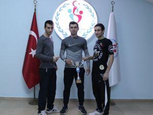 Kick Boks K1 Şampiyonasında 3 Düzceli