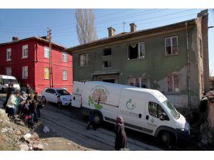 ÇAYED, Suriyeli aileye yardım yaptı