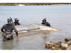 Bodrum'da denizden yatak çıkarıldı