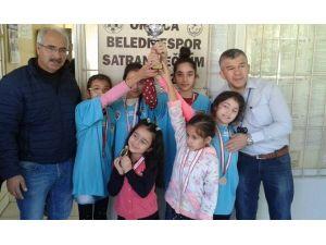 Ortaca Küçükler Takım Satranç Turnuvası Sona Erdi