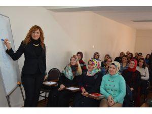 Türk Metal Sendikası'ndan kadın işçilere eğitim